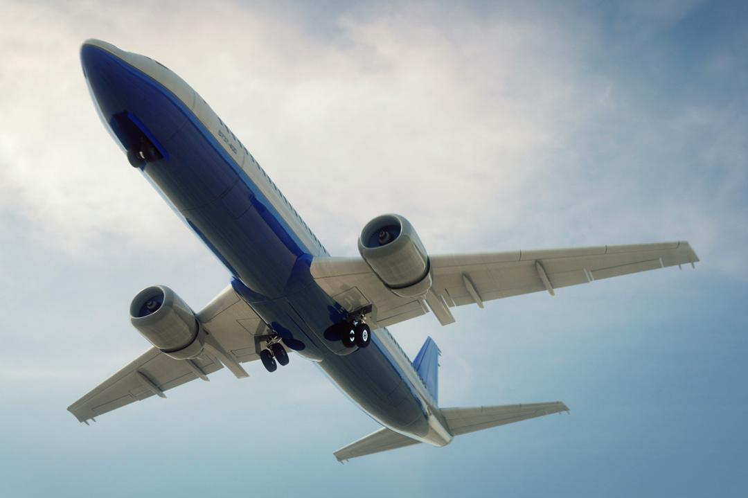 Scheduled airliner