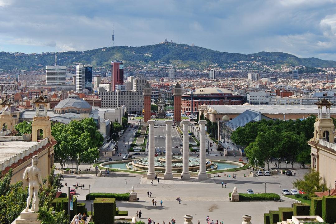 Ambulancevlucht naar een doktersafspraak in Barcelona (Spanje)