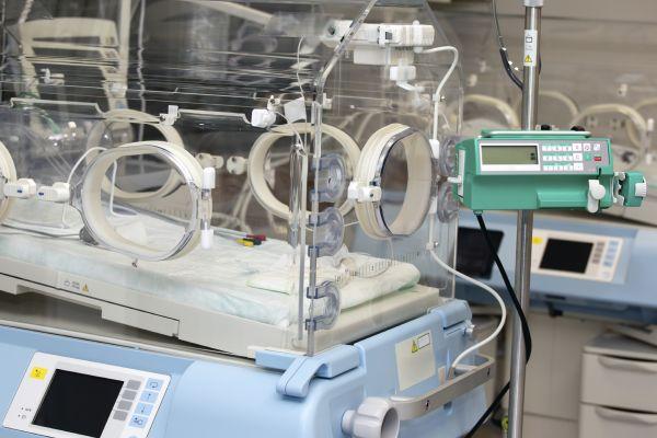 Transport inkubatorów