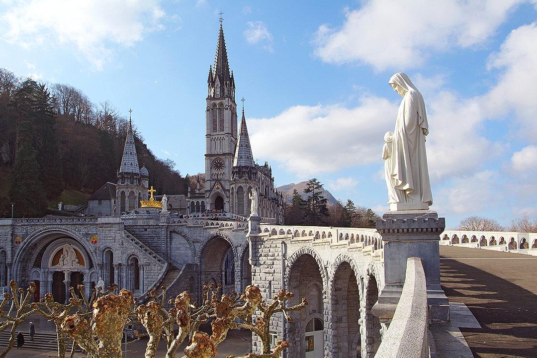 Medical repatriation Lourdes