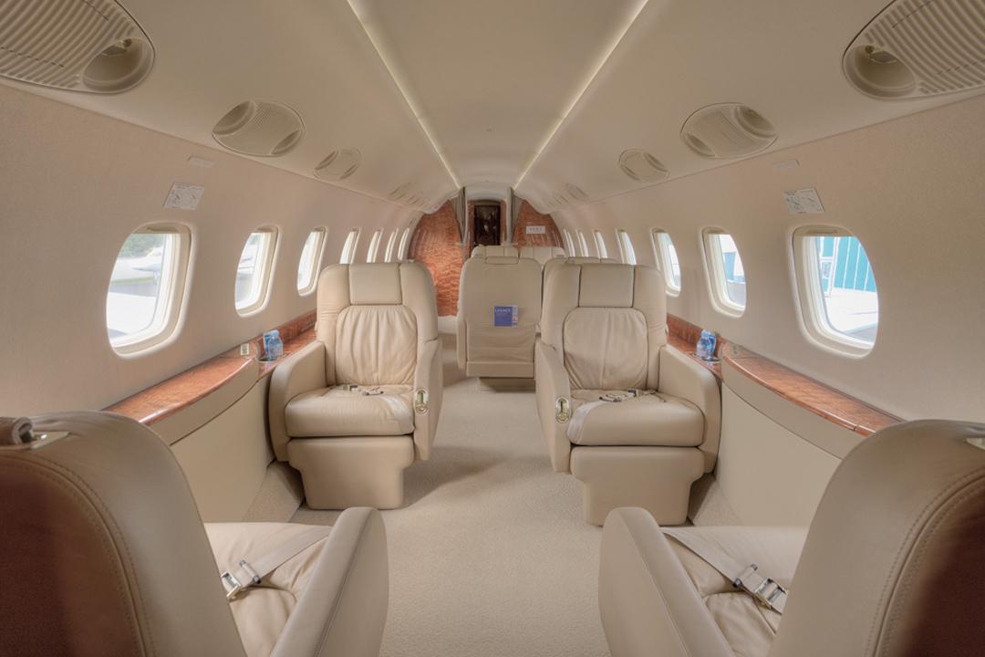 VIP uçağı ve yolcu kabini