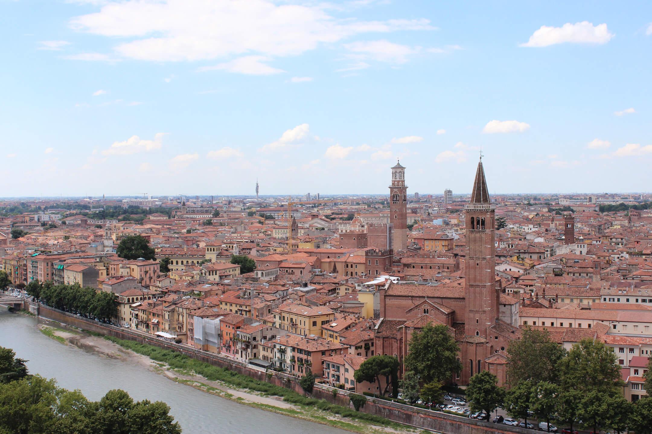 Luftfracht Hubschrauber Verona
