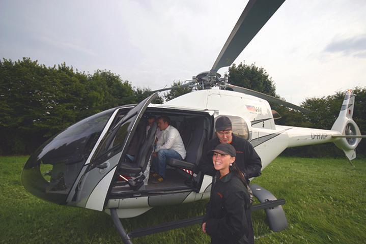 BMW Einführung mit Hubschrauber