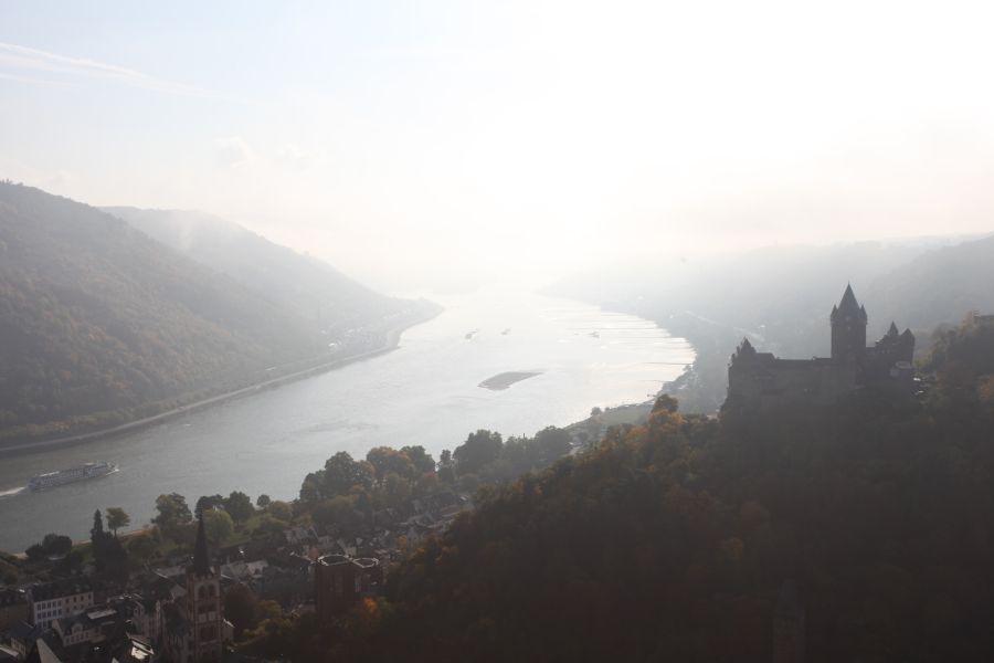 Luftaufnahmen am Rhein