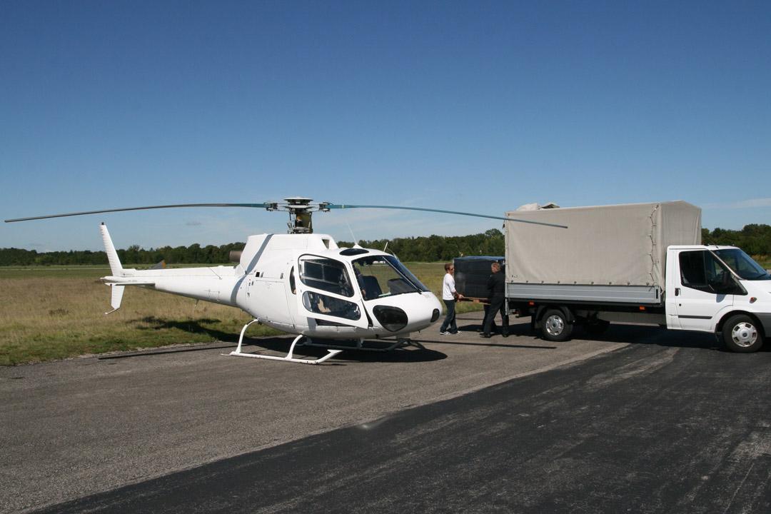 Eilfracht im Hubschrauber