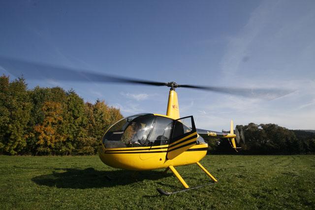 helikopter chartern flugzeug mieten privatflugzeug charter privathubschrauber mieten. Black Bedroom Furniture Sets. Home Design Ideas
