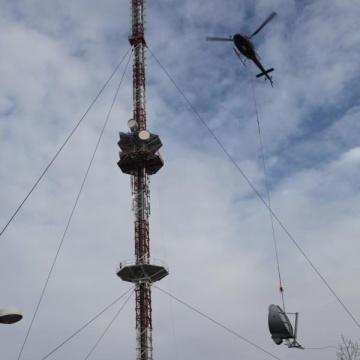 funkturm helikopter montage