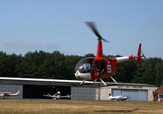 architekt fotografiert aus helikopter