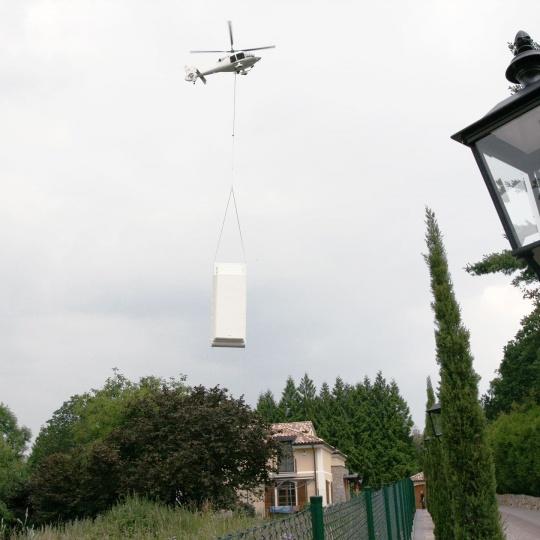 Flug zum Anwesen in Frankfurt