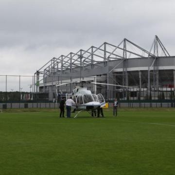 Per Helikopter ins Stadion